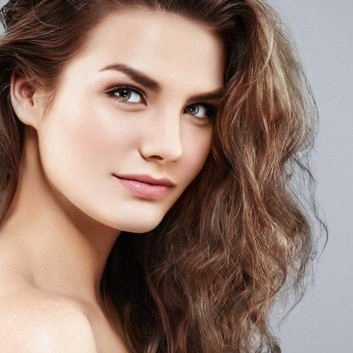 woman-hair-shoulders